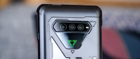 Топ-10 мощных Android-смартфонов и новый «экран смерти». Главное за неделю
