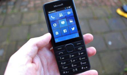 Названо количество пользователей кнопочных телефонов в России