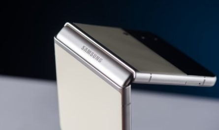 Обзор Samsung Galaxy Z Flip3: раскладушка с характером