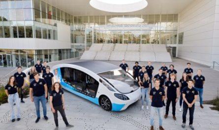 Дом на колёсах проедет 730 км в день на солнечной энергии