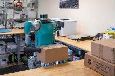 Двуногие роботы устроились грузчиками на склад Ford [ВИДЕО]