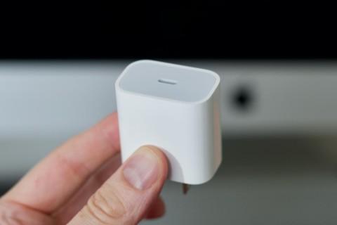 Одни за, другие против. Как Apple выполняет разные правила государств?