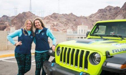 Гибридный Jeep Wrangler 4xe занял первое место в ралли Rebelle