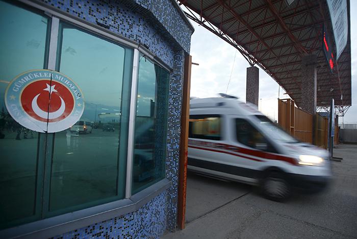 Более 50 человек госпитализированы после ЧП с пассажирским самолетом в Стамбуле