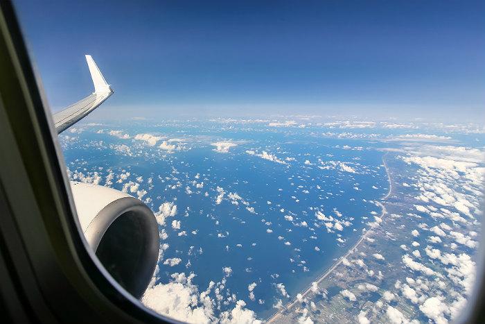 Украина взыскала с казахстанской авиакомпании штраф за полеты над Крымом