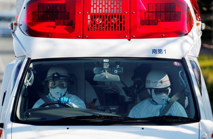 Число больных пневмонией нового типа в КНР превысило 28 тыс.