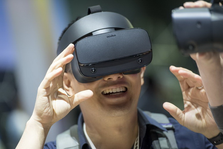 Oculus готовит к выпуску обновлённую версию VR-гарнитуры Quest