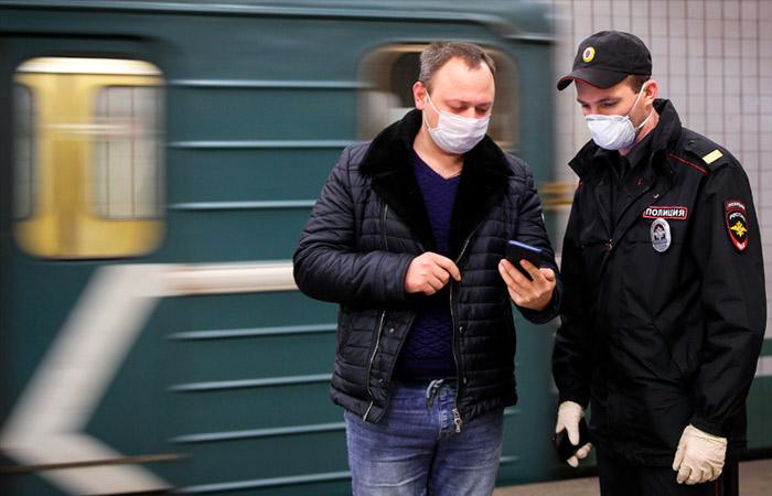 Исчезновение очередей в метро Москвы объяснили компромиссом между мэрией и полицией