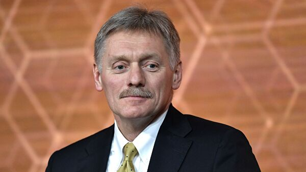 Песков рассказал о работе с регионами, медленно выполняющими задачи