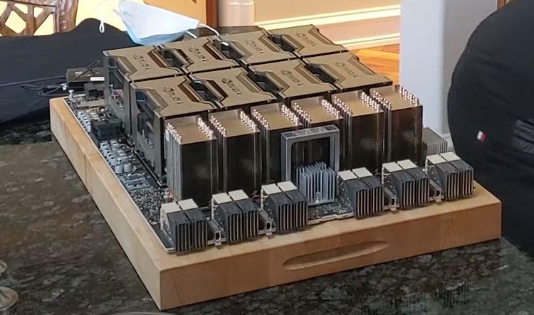 Глава NVIDIA к презентации 14 мая приготовил самую крупную видеокарту в мире