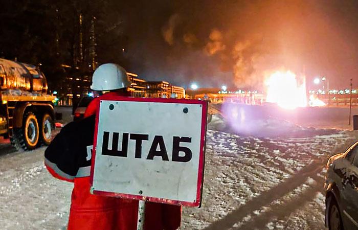 """Источник сообщил о двух взрывах на НПЗ """"Лукойла"""" в Коми"""