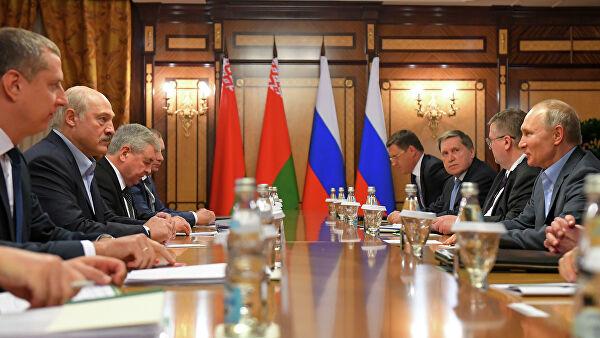 Россия и Белоруссия договорились об условиях поставок нефти и газа