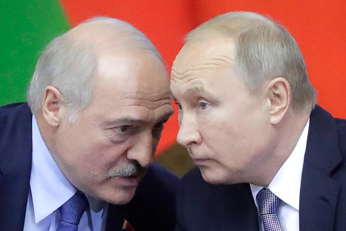 Лукашенко рассказал, о чем беседовал с Путиным на переговорах тет-а-тет в Сочи